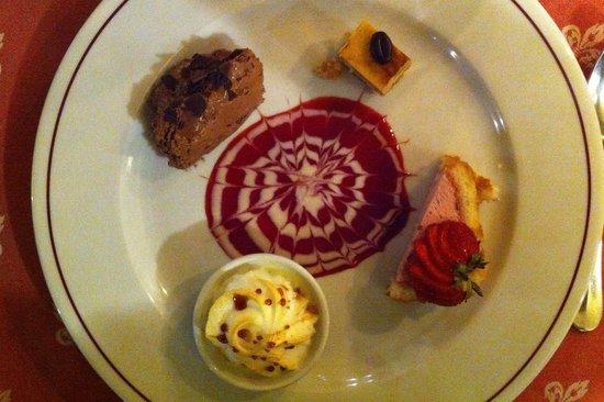 Hostellerie Saint Martin : Dessert gourmand