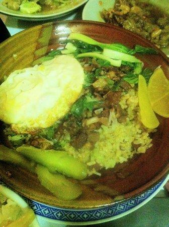L'Escala Taiwanese Restaurant: Famous Lu Rou Fan from Taiwan