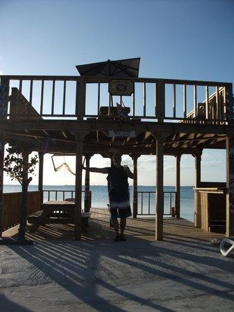Coco Plums : Beachside Deck & Balcony