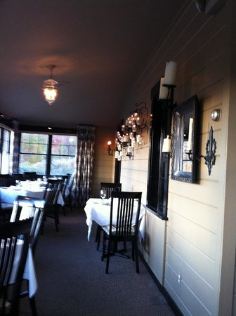 Michael's on the Hill : Dining Area