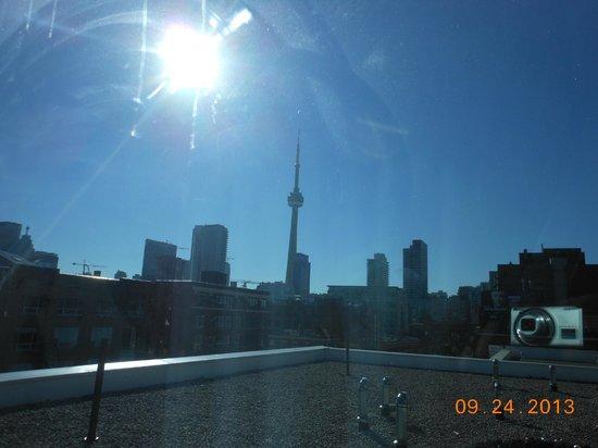 Super 8 Downtown Toronto: Super 8 at ChinaTown Toronto ON