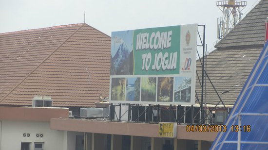 Hotel Ibis Yogyakarta Malioboro : Yogja Airport