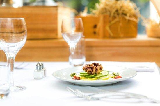 Tarragon Restaurant: Baby octopus