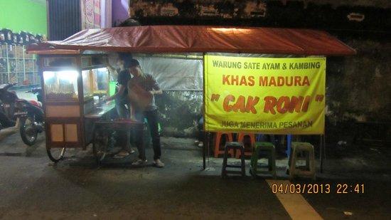 Hotel Ibis Yogyakarta Malioboro : Street food stalls