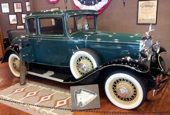 Pontiac-Oakland Automobile Museum: vintage Pontiac