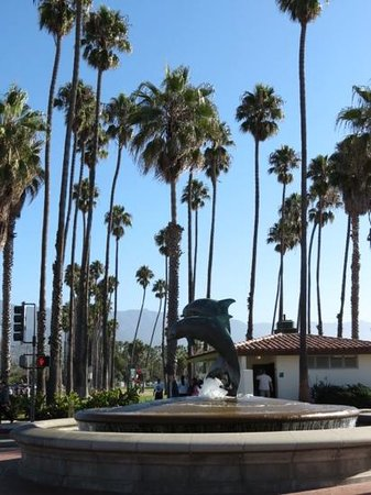 Castillo Inn at the Beach : quai de Santa Barbara