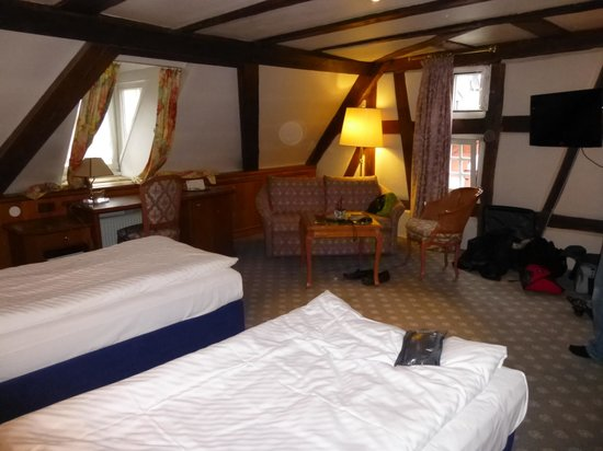 """Zum Ochsen Hotel: """"Provence"""" Room"""