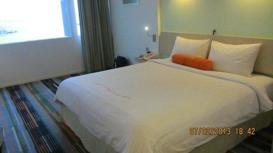 HARRIS Hotel Batam Center: Comfy bed