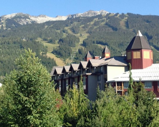 Pinnacle Hotel Whistler : View from our room.