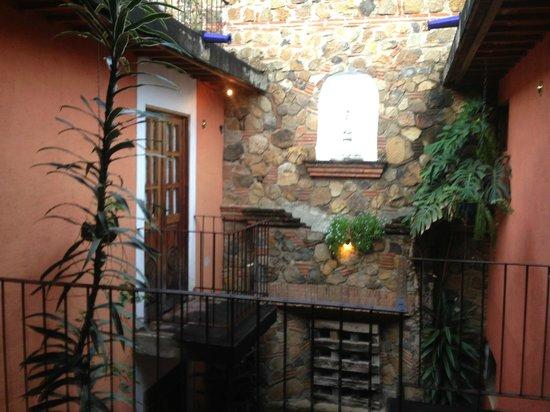 Candelaria Antigua Hotel: Courtyard view
