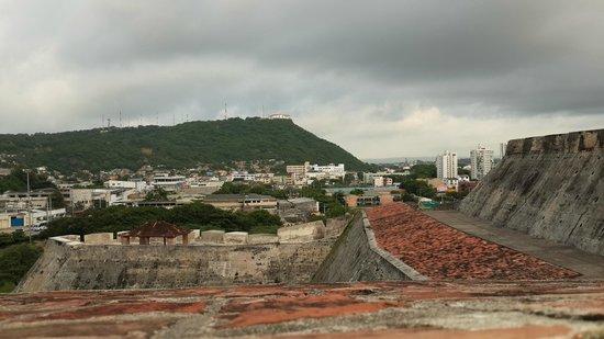 ปราสาทซานเฟลิปเปเดบาราจาส: Vista el Cerro de la Popa