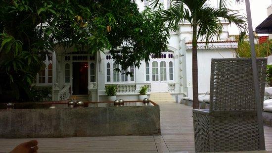CASA Colombo Collection: Outdoor