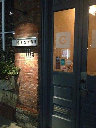 George Restaurant: vue extérieur du resto