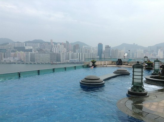 Harbour Grand Kowloon: Rooftop pool