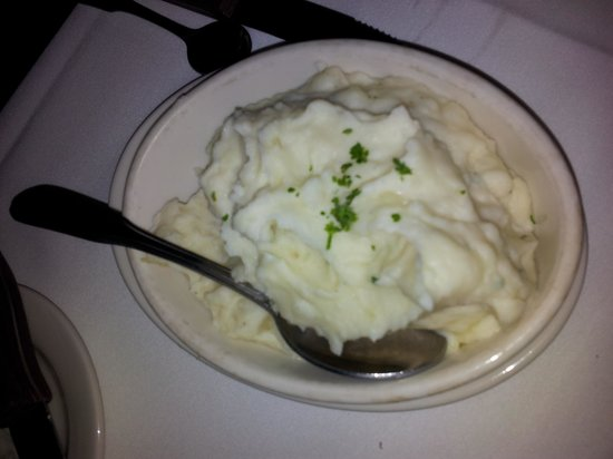 Morton's The Steakhouse - Troy : Garlic mashed potatoes.