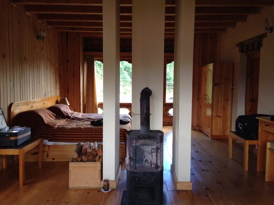 Gongkhar Guesthouse: Bedroom