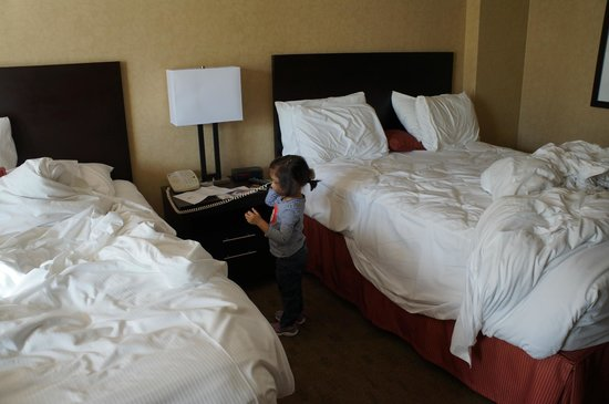 Rimrock Resort Hotel: room