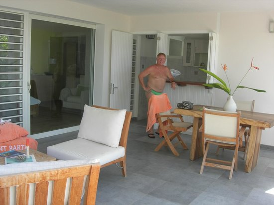 Hotel LeVillage St Barth: Our exterior kitchen/lounge area