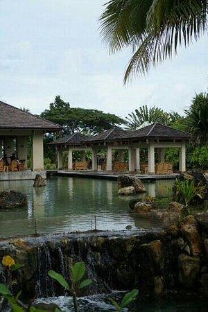 Palau Royal Resort: 호수