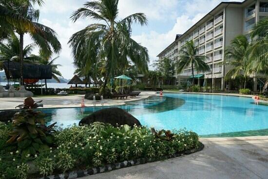 Palau Royal Resort: 수영장