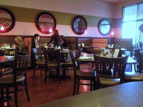 Merveilleux Zen Asian Dining: View Of Main Dining Area.