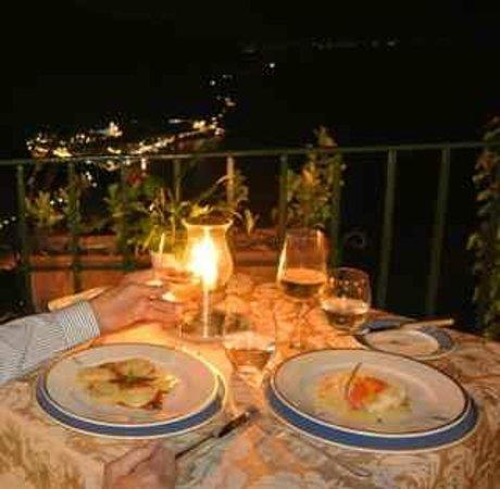 Ristorante Confalone: the ravioli and the smoked sea bass