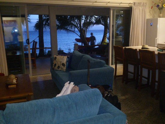 Cooks Bay Villas: Lounge