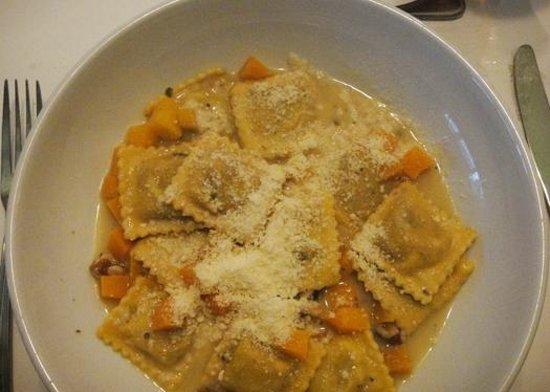 Biaggi's Ristorante Italiano: butternut squash ravioli