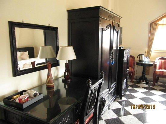 Hotel Dai Loi (Fortune Hotel) : Room fixture