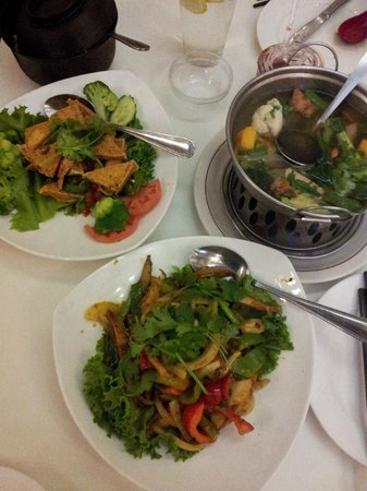 Golden Era Vegan Restaurant: Sautéed Tofu Jalapeno, Curry King ,Vegetable Combo Soup