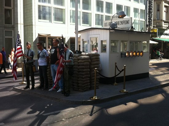 Checkpoint Charlie: Where 'spy from the cold' started