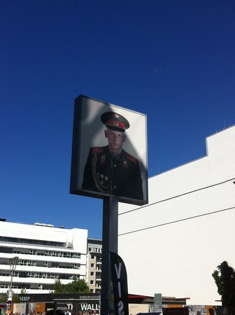 Checkpoint Charlie: Sign before entering the Western border