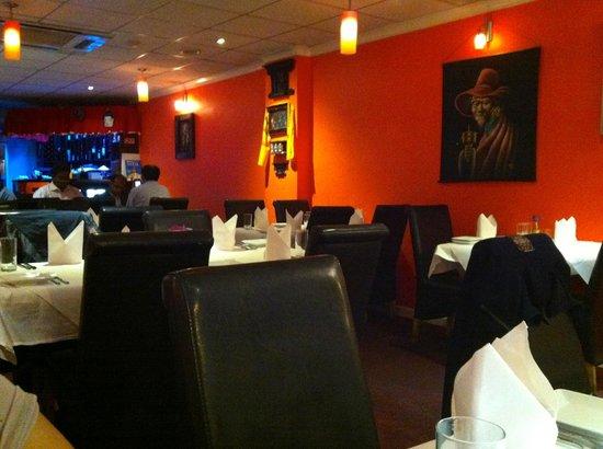 Diwali Indian & Nepalese Restaurant: Diwali - Interior