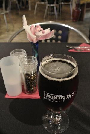 Alfresco's Restaurant and Bar: beer
