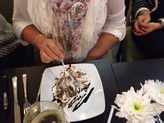 La Cucina: Birthday cake???