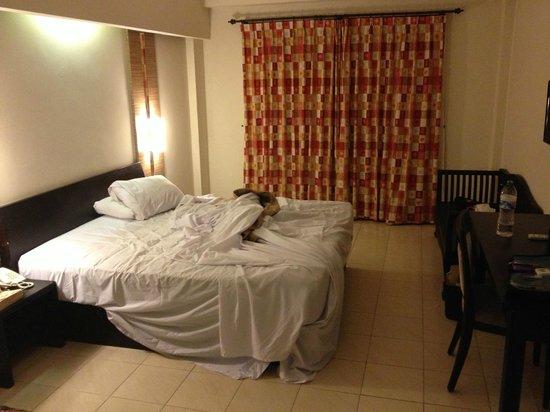 Losari Hotel & Villas: Looking in from door