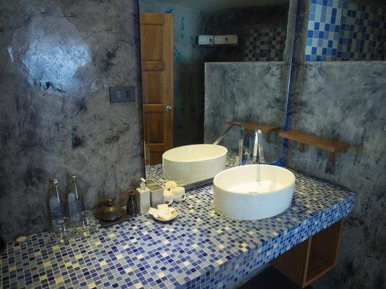 Beluga Boutique Hotel: Туалет