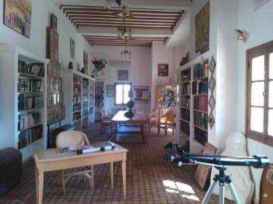 Hotel Ksar Assalassil: Bibliothek