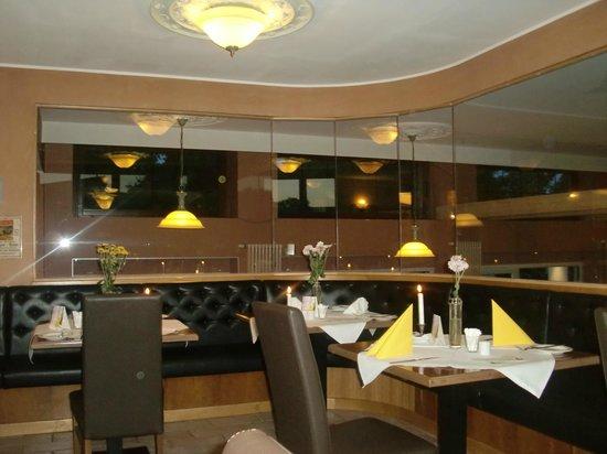 Hotel Weißer Schwan: Restaurant
