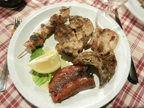Ristorante La Tavernetta: Misto di carni arrostite
