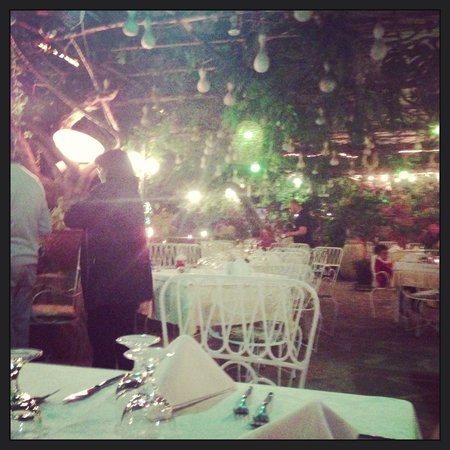Al Barilotto Del Nonno : La terrazza di sera...