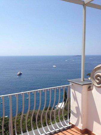 Al Barilotto Del Nonno : Relax dal terrazzo della camera