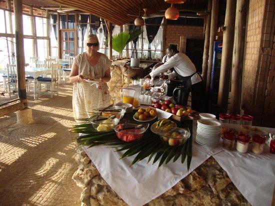 Mediterraneo Hotel & Restaurant: Breakfasttime