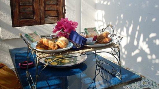 Hotel Hycesia: ..colazione in stanza...! GRAZIEEEEEEEE!!!!