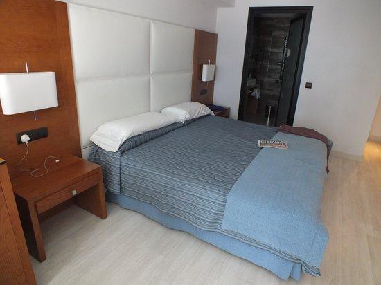 Protur Palmeras Playa Hotel : Fantastic sized room