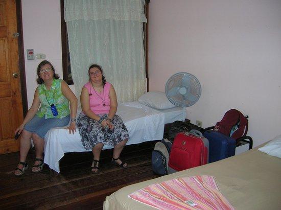 Cabinas Tortuguero: Habitación triple