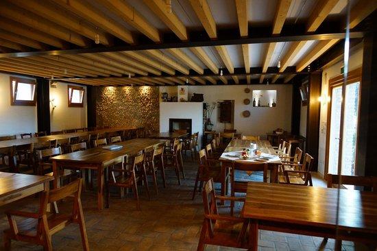 La sala da pranzo - Picture of Agriturismo Richeton, Gaiarine ...