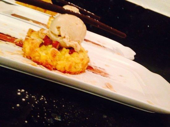 Spasso Restaurant at Grand Hyatt Erawan: Sbrisolona