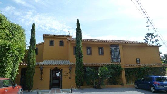 Hotel Boutique Al-Ana: salon extérieur
