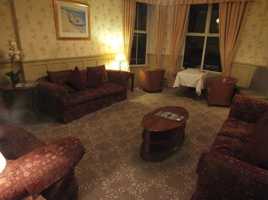 Mullion Cove Hotel: Lesesaal im Erdgeschoss